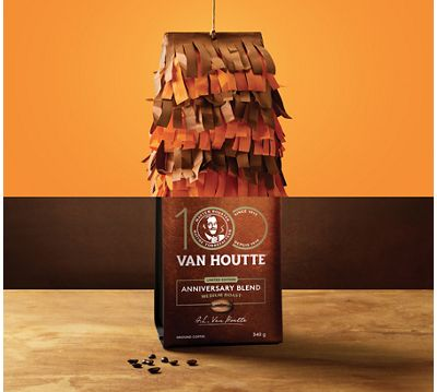 COFFEE CUPPING: 3 DISTINCT NOTES TO SAVOUR IN THE VAN HOUTTE® ANNIVERSARY BLEND COFFEE